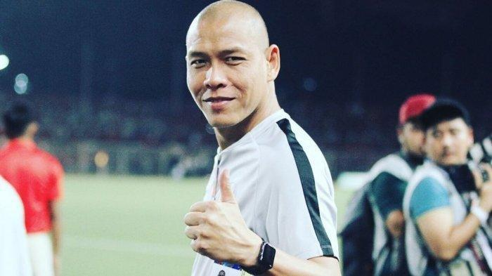 Nova Arianto jadi asisten timnas Indonesia.