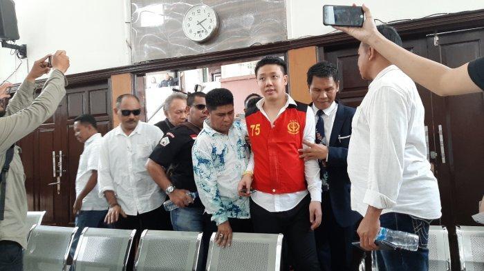 Kuasa Hukum Bantah Pablo Benua dan Rey Utami Dikawal Anggota Ormas