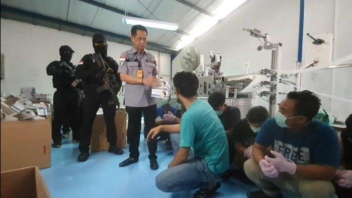 Manfaatkan Kasus Virus Corona, Pabrik Masker Ilegal di Cakung Jakut Naikan Harga 10 Kali Lipat