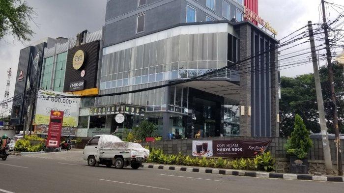 Pakons Prime Hotel di Kota Tangerang terindikasi membuang limbah medis ke kawasan Kabupaten Tangerang yang sampai saat ini belum memberikan keterangan resmi soal pemberitaan yang menimpanya, Kamis (11/2/2021).