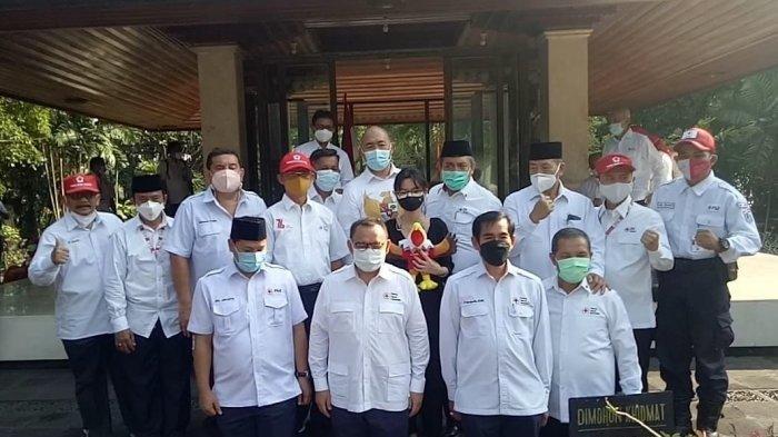 HUT Ke-76 PMI, Pengurus Ziarah ke Makam Bung Hatta di TPU Tanah Kusir
