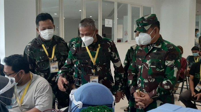 Pangdam Jaya Pantau Vaksinasi untuk Tenaga Kesehatan di RS Darurat Wisma Atlet Kemayoran