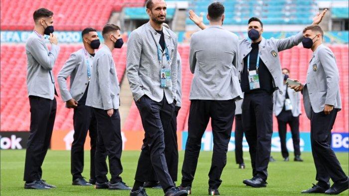 Jelang Italia vs Spanyol - Roberto Mancini Merasa Dicurangi, Luis Enrique Dukung Gli Azzurri