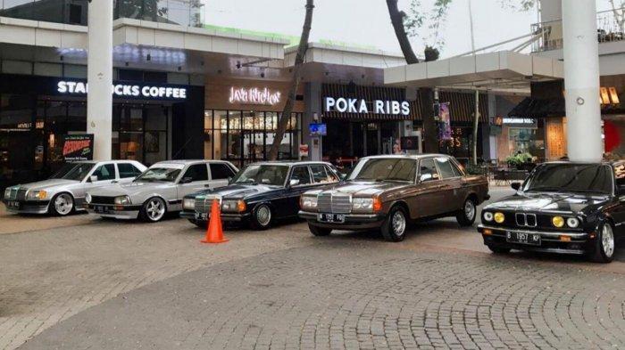 Menengok Motor dan Mobil Modifikasi Ciamik di Dalam Pusat Perbelanjaan