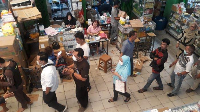 PD Pasar Jaya Libatkan Polisi Awasi Penjualan Masker di Pasar Pramuka