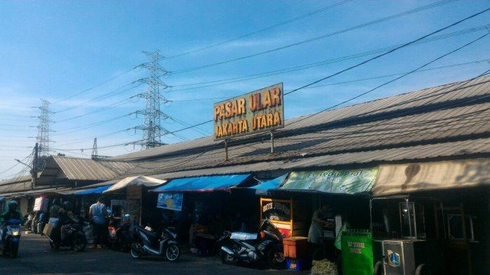 Libur Usai Lebaran Masih Banyak Kios Tutup di Pasar UlarJakarta Utara