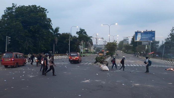 Kapolres Pastikan Tak Ada Kerusakan Serius Pasca-Demo Tolak UU Cipta Kerja di Bekasi