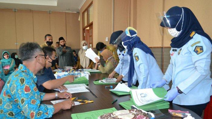 Haji Ditunda, Calon Jamaah Haji di Tangerang Selatan Tetap Buat Paspor