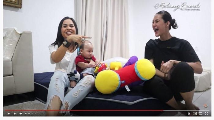 Paula Punya Cara Unik Cek HP Baim Wong, Melaney Ricardo Tak Kepikiran: Nih Anak Kecil Ngajarin Gua