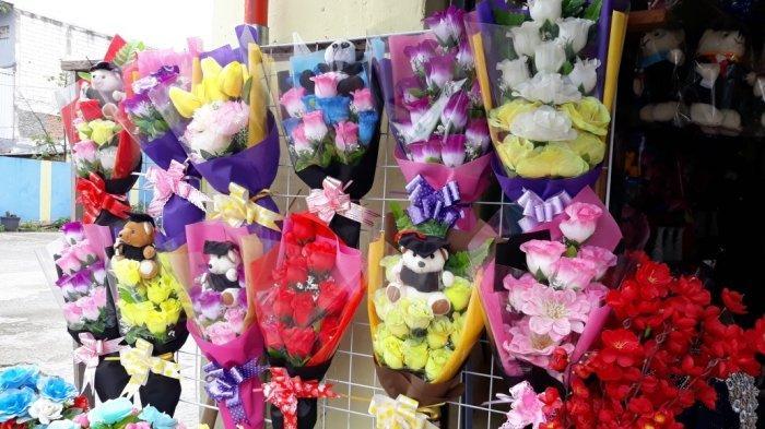 Sepi Pembeli, Pedagang Bunga Rawa Belong Tak Tambah Pasokan untuk Hari Valentine