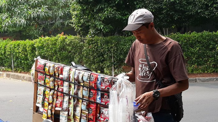 Viral Pedagang Kopi Balapan Sepeda di Jalan MH Thamrin, Polisi Selidiki Penyebar Video