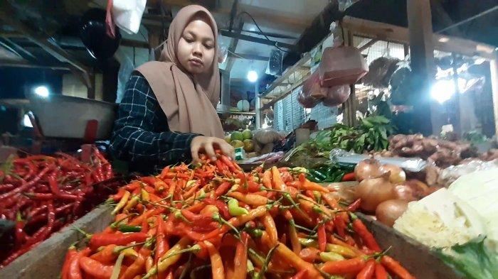 Jelang Ramadan Harga Cabai di Tangerang Selatan Berangsur Turun, Harga Ayam Merangkak Naik