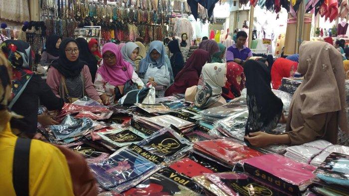 Diserbu Pembeli Berkerumun, Polres Metro Jakarta Pusat Tutup Sementara Toko Pakaian di Thamrin City