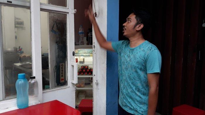 Kedai Burger di Jakarta Timur Dibobol Maling, Tabung Gas Hingga Uang Kotak Amal Dicuri