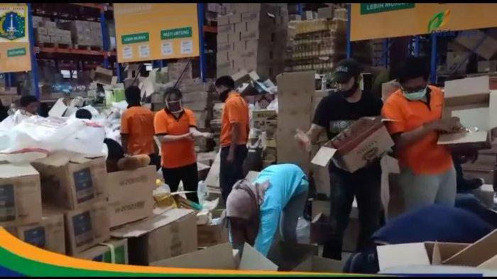 Pasar Jaya Sediakan Layanan Belanja Jarak Jauh selama Pandemi Covid-19