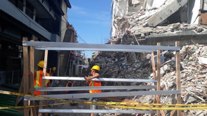 Proses Perataan Sisa Gedung Ambruk di Palmerah Diprediksi Berlangsung Selama 3 Pekan