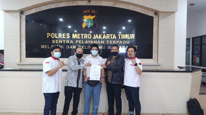 Pelajar Bhineka Tunggal Ika membuat laporan atas kasus percakapan rasis yang dilakukan oknum guu SMA 58 ke Polres Metro Jakarta Timur, Senin (2/11/2020)