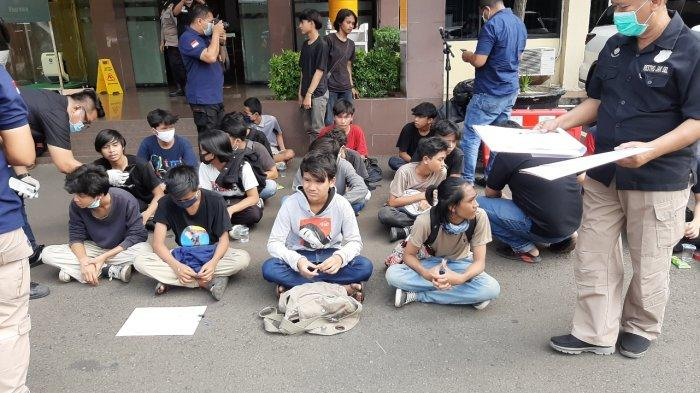 Bawa Pistol Mainan Saat Demo, 10 Pelajar dari Bogor Menumpang Truk ke Jakarta