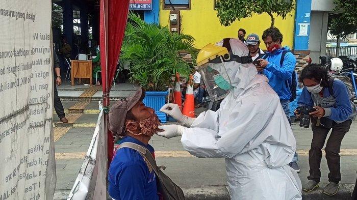 Rapid Test Antigen Terhadap Sopir Bus Mulai Diterapkan di Terminal Tanjung Priok