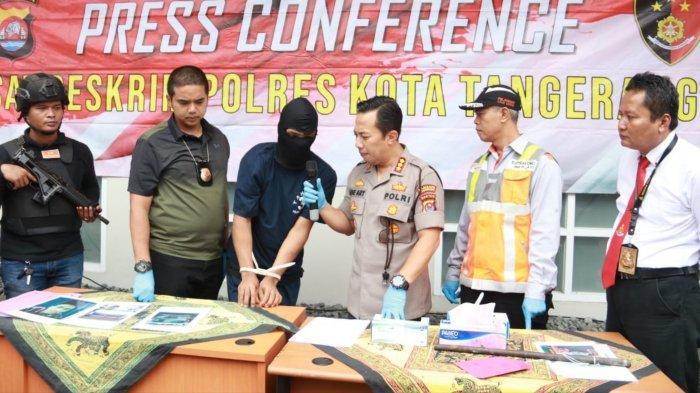 2 Dari 5 Pelaku Pencurian di Tol Tangerang-Merak yang Hancurkan Pintu Tol Tertangkap