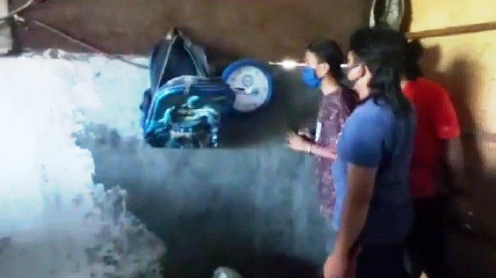Intip Gadis 19 Tahun Mandi Lewat Sela-sela Dinding, Irul Tiba-Tiba Ketuk Pintu Rumah Korban
