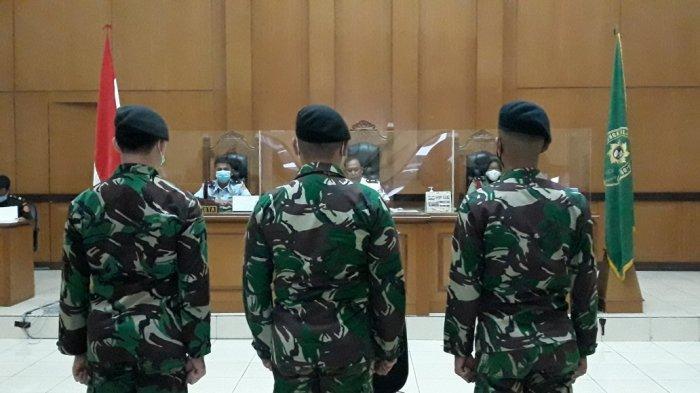 BREAKING NEWS 17 Oknum Anggota TNI AD Divonis Pecat dalam Kasus Perusakan Polsek Ciracas