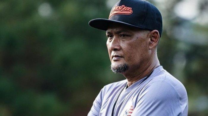 Buru Gelandang Lokal Baru, Sudirman Akui Jenderal Lapangan Tengah Persija Jakarta Kurang