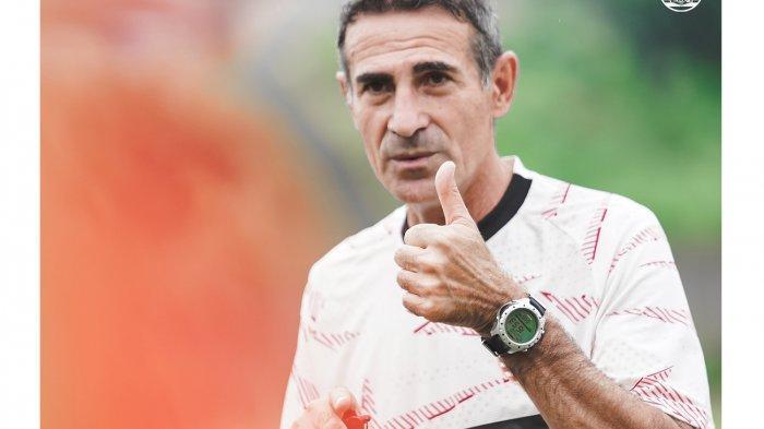 Timnya Belum Memuaskan hingga Dibully Jakmania, Pelatih Persija Justru Tetap Banggakan Skuadnya
