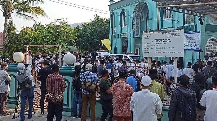 Keputusan Memakamkan Jenazah Sekda Saefullah di Makam Keluarga Atas Permintaan Warga