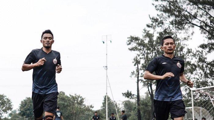 Maman Abdurahman Ungkap Rahasia 10 Pemain Persija Jakarta Mampu Tahan Tuan Rumah Persib Bandung