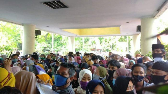 Gubernur Banten Geram Soal Kerumunan Bantuan UMKM di Gedung Cisadane Kota Tangerang
