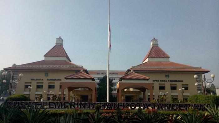 Berduka Kepergian BJ Habibie, Wali Kota Tangerang Ajak Warga Salat Gaib