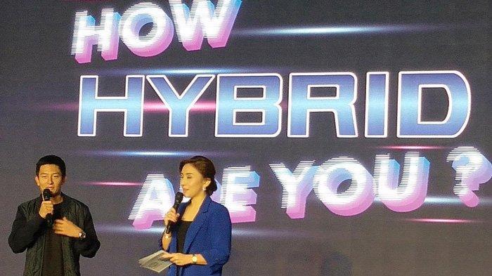 Rio Haryanto Merasa Senang Jadi Pembeli Pertama Toyota CHR Hybrid