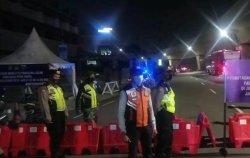 Tekan Penyebaran Covid-19, Pembatasan Mobilitas Mulai Berlaku di Jalan Boulevard Raya Kelapa Gading