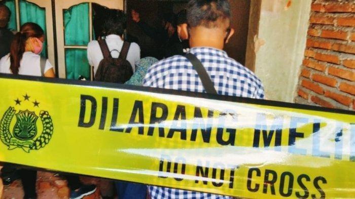 PEMBUNUHAN: Lokasi kejadian pembunuhan di Lingkungan Gubuk Mamben, Kota Mataram, Selasa (21/9/2021).