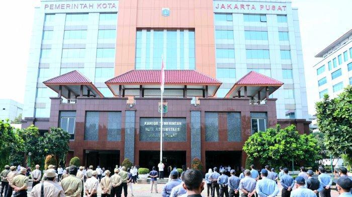 Tiga PNS Positif Covid-19, Kantor Pemerintah Kota Jakarta Pusat Langsung Disemprot Disinfektan