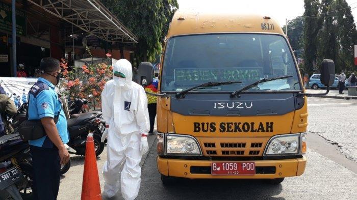 Reaktif Covid-19, Pemudik Asal Cianjur di Terminal Kampung Rambutan Dievakuasi ke Wisma Atlet