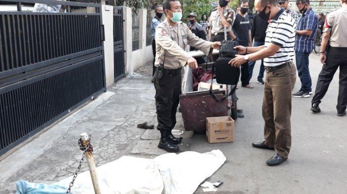 Seorang Pemulung di Jatinegara Ditemukan Meninggal Dunia di Pinggir Jalan