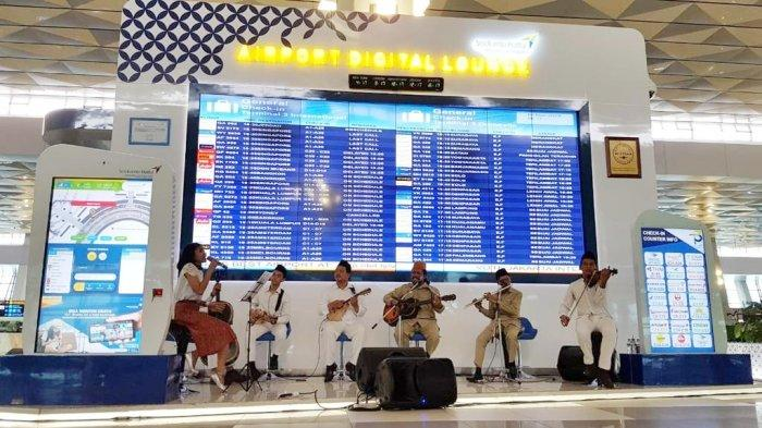 Sambut Hari Pahlawan, Bandara Soekarno-Hatta Menyuguhkan Musik Keroncong