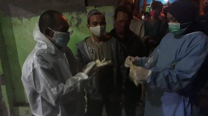 Jasad Pria Ditemukan Membusuk di Lantai 2 Rumah di Bekasi