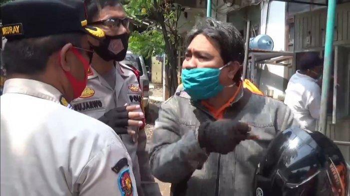 Razia Masker di Mampang, Pengendara Nyaris Baku Hantam dengan Petugas