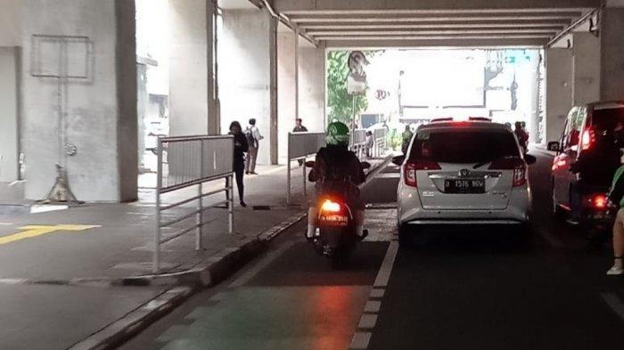 Pemkot Jakarta Pusat: Jalur Sepeda Masih Ngeri, Motor Lewat Meski Ada Pembatas Jalan