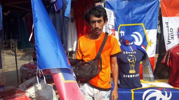 Penjual Kaos Bola di Kemang Pernah Diborong Rp 30 Juta Satu Hari Saat Piala Dunia 2014