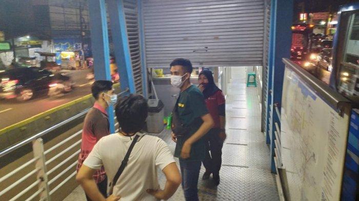 Pengguna Bus Transjakarta Belum Tahu Pembatasan Jam Operasional: Bingung Pulang Kerja Naik Apa