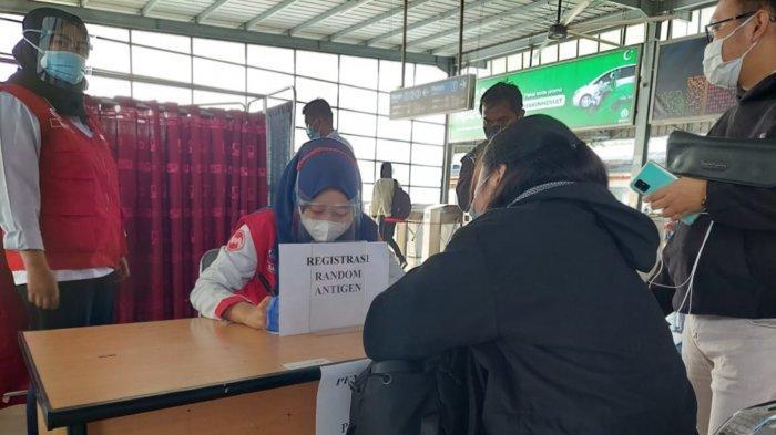 Penumpang di Stasiun Tangerang Bakal Dilakukan Swab Antigen Selama Sepekan