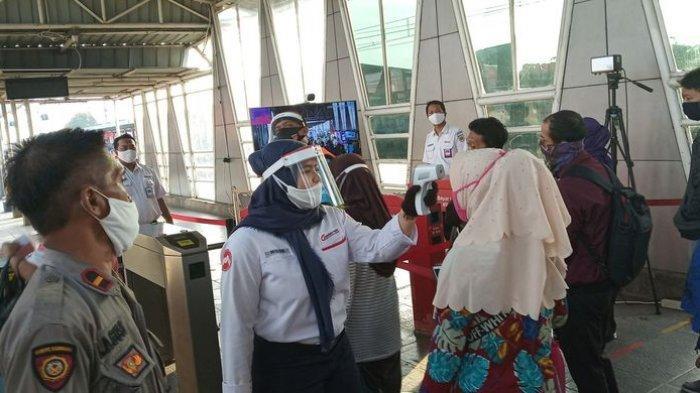 Masih Terjadi Antrean Penumpang di Stasiun Bojong Gede, Tapi Tak Seperti Kemarin