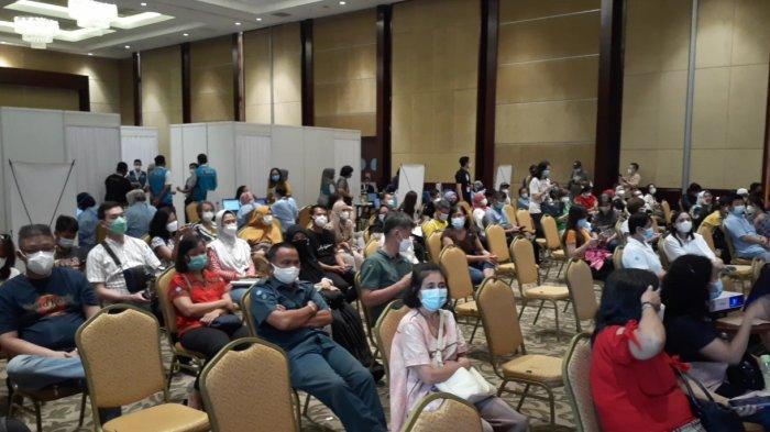 Kerjasama Traveloka dengan Pemkot Tangsel, Puluhan Penyandang Disabilitas Disuntik Vaksin Covid-19