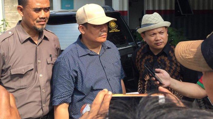 Cekcok DPRD Tangerang Dengan Pemilik Pabrik Saat Mau Disegel, Belasan Anjing Dilepas