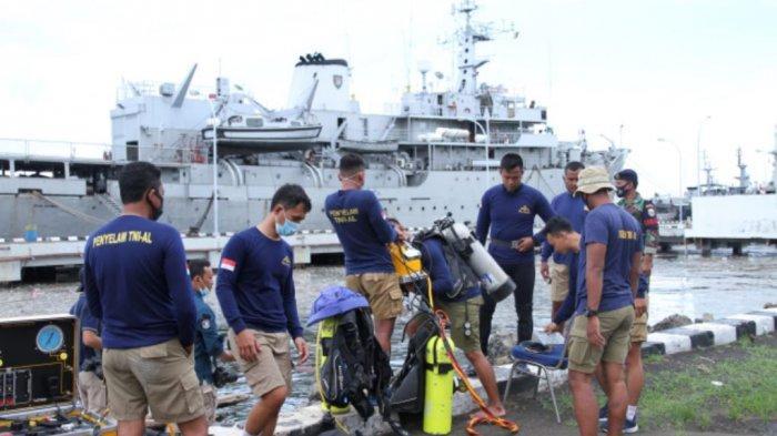 34 Penyelam TNI Angkatan Laut Dikerahkan dalam Pencarian Lanjutan CVR Sriwijaya Air SJ-182