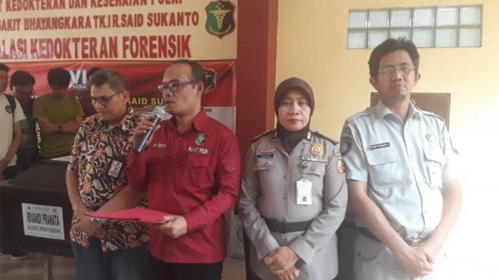 Suasana Haru Selimuti Penyerahan Jenazah Penumpang Lion Air PK-LQP